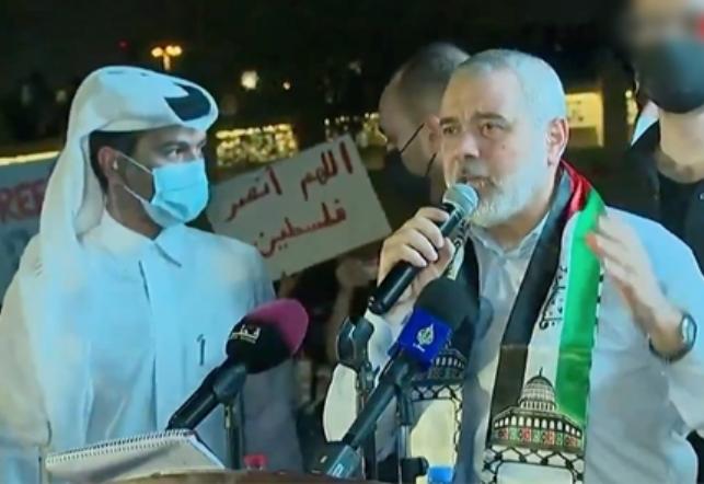 إسماعيل هنية في الدوحة يثير جدلا على تويتر
